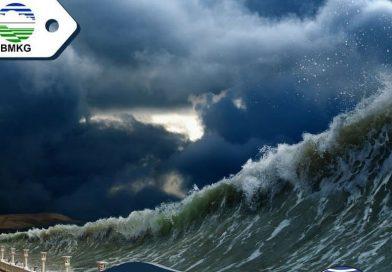 Potensi Tsunami 20 Meter Pesisir Selatan Jawa